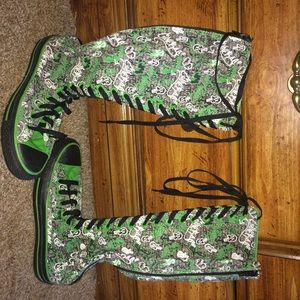 OOAK CUSTOM XX HI KNEE-HIGH CONVERSE GREENGRAFFITI
